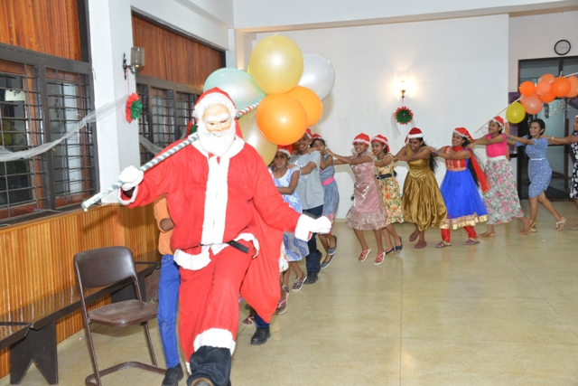 Christmas Party with Santa Claus for the deaf children on November 21st, 2017.