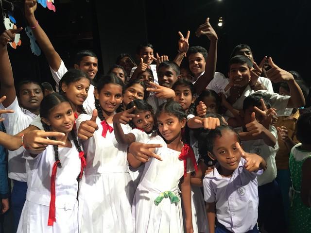 Muzikale Show in Colombo op 27-02-2017.